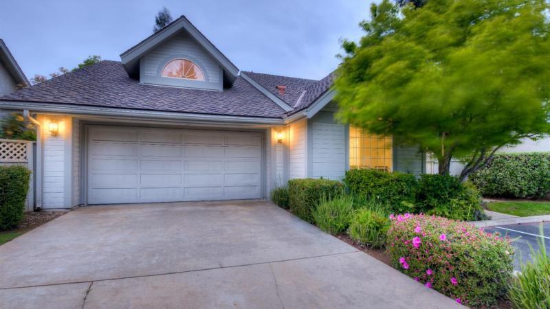 Single Family Residence on N Stoneridge Lane, Fresno, CA